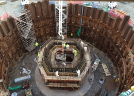 Concrete pour for the first vertical section of the south pylon – August 2015