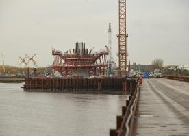 North pylon hammerhead – October 2015