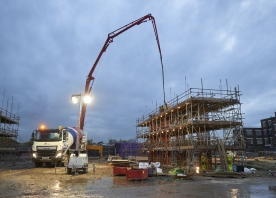 Pouring concrete at Widnes Loops – October 2015