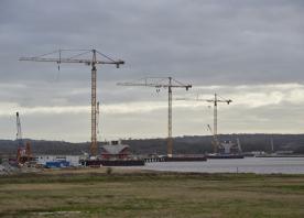 Estuary tower cranes – December 2015