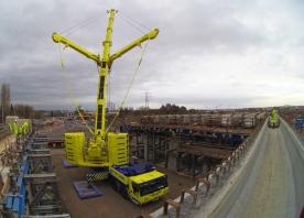 Deck beam installation at Ditton Junction – December 2015