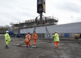 Lifting beams at Bridgewater – December 2015